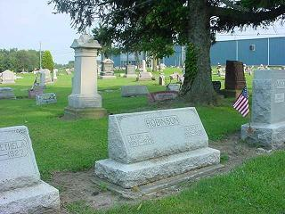 cemetery-photos-distance-45-monument-photo-snapshot (21K)